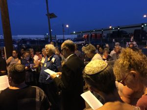 Tisha B'Av Service outside the Elizabeth Detention Center