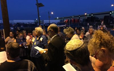 Tisha B'Av Service Outside of the Elizabeth Detention Center
