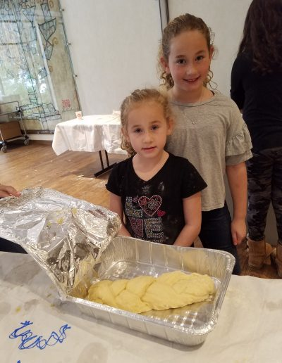Loaves of Love Community Challah Bake 2018 (10)