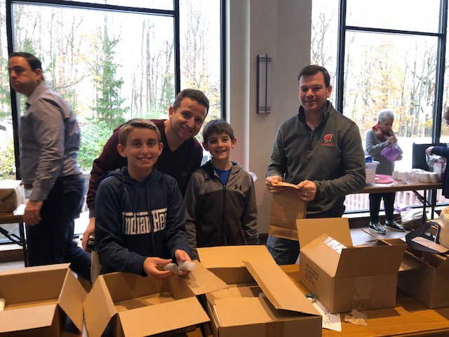 packing at mitzvah day 2018